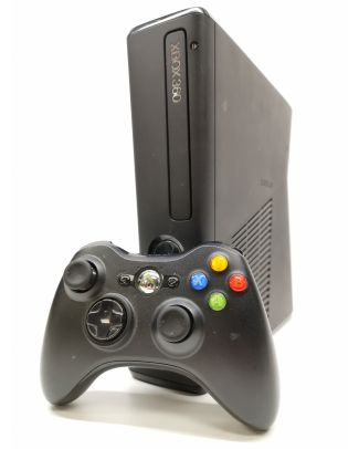 Console XBOX 360 4GB
